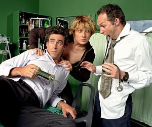 Green Wing. Image shows from L to R: Guy Secretan (Stephen Mangan), Mac Macartney (Julian Rhind-Tutt), Martin Dear (Karl Theobald). Copyright: Talkback Productions.