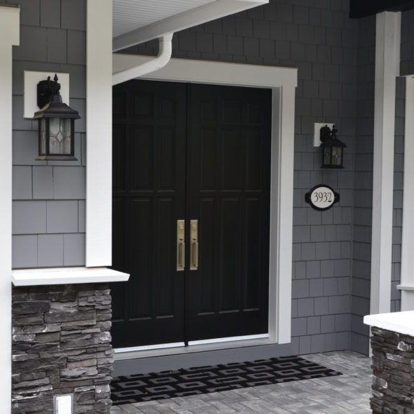 17 best ideas about exterior paint colours on pinterest grey exterior benjamin moore exterior - Exterior paint blue decoration ...