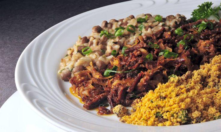Regional. A sugestão do Restaurante D´Amici é a carne de sol com farofa (também de carne de sol) e feijão -de-corda (R$ 95) Adriana Lorete / Divulgação