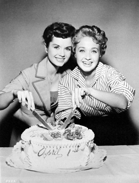 Yes, Debbie Reynolds and Jane Powell were born April 1st