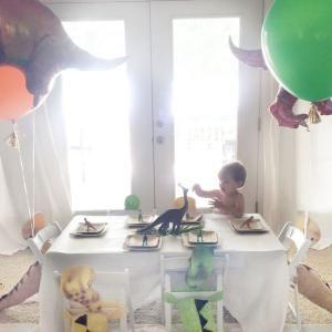 Dinosaur birthday Kid's table by valarie