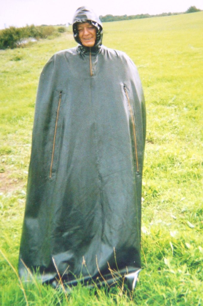 1000 Images About Capes Amp Capuchons On Pinterest Belle Plastic Ponchos And Rubber
