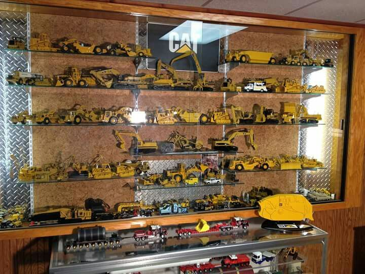 Metal Toy Tractors >> 282 best images about Toys in the attic on Pinterest | Models, Trucks and Semi trucks