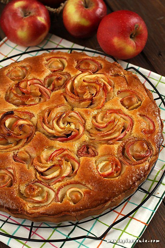 Jabłkowo - migdałowa tarta z różą - Apple almond rose tart