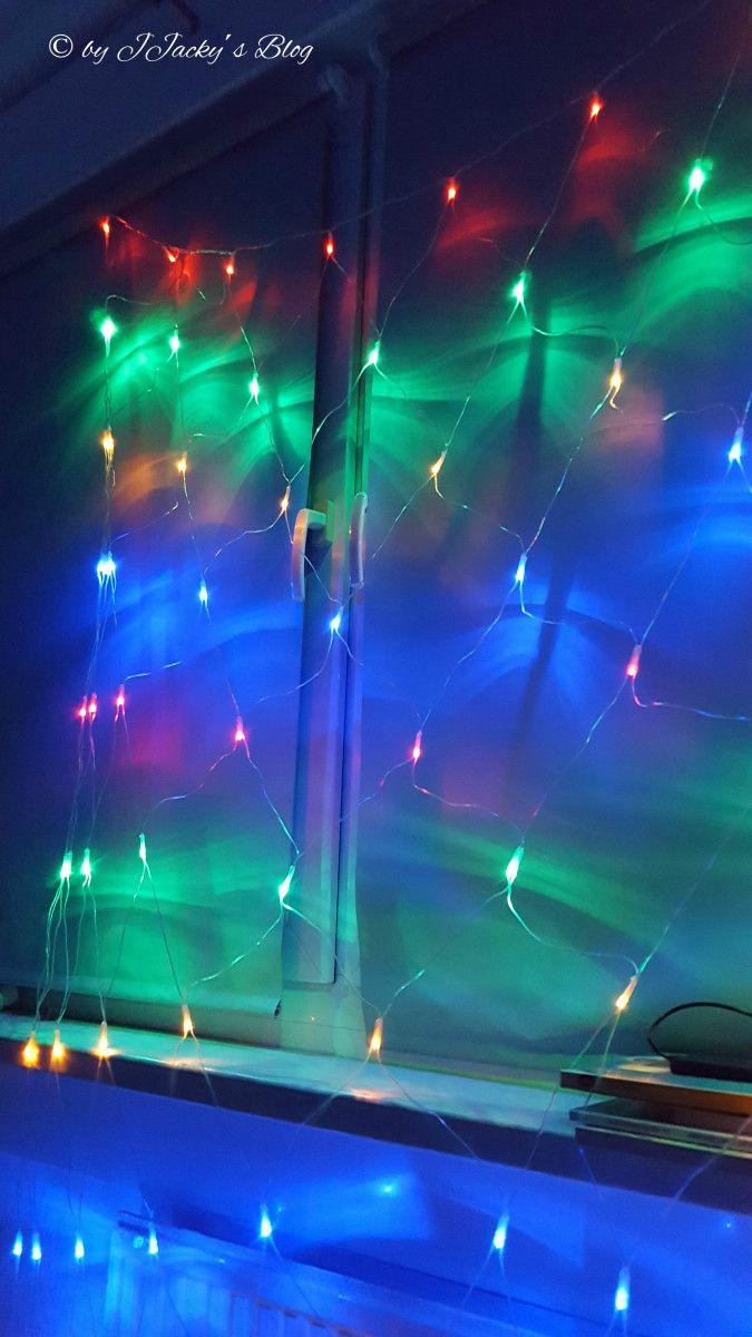 LED Lichternetz von Salcar Wenn ich ehrlich bin, habe ich schon mehr als einmal überlegt, mir solch ein Lichternetz zu zulegen. Aber dann schaut man sich um und denkt: mhhh, wohin damit? Und was so…