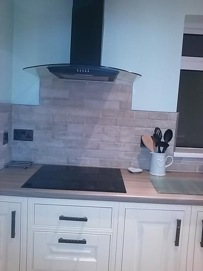 Topps Tiles Hartley Sand 5mm gap with lime stone grout