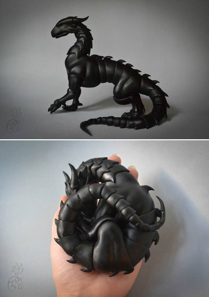 Shhh, he's sleeping! Dragon made entirely of ball joints allows you to pose & make it curl up in your hand: Cuartosdolls - Darkhorn