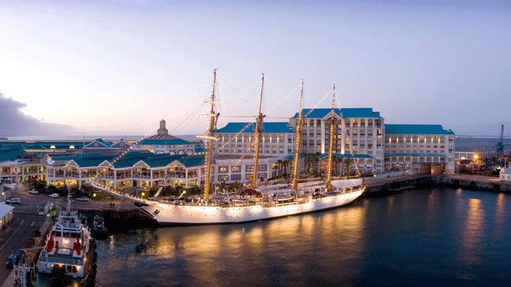 Best Accomodation in Cape Town: Table Bay Hotel - http://www.wanderluxury.com/best-accomodation-in-cape-town-table-bay-hotel/
