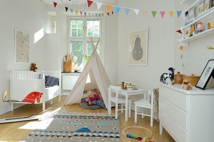 Scandinavian kids room decor