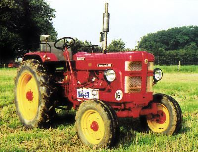 Tractor UTB Universal 600 Tractores