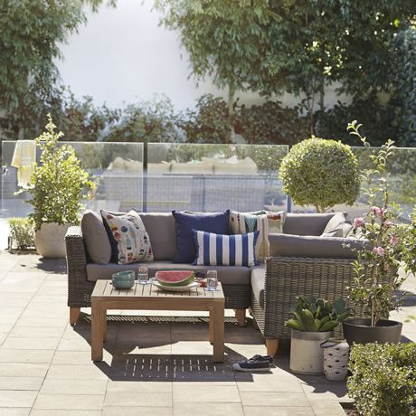 Umbria Outdoor Sofa & Coffee Table Package | Freedom Furniture and Homewares $3499 #freedomaustralia