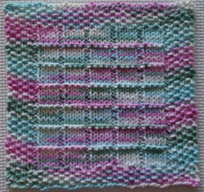 Knitted Dishcloth Patterns For Variegated Yarn : The 25+ best ideas about Knit Dishcloth Patterns on Pinterest Knitted dishc...
