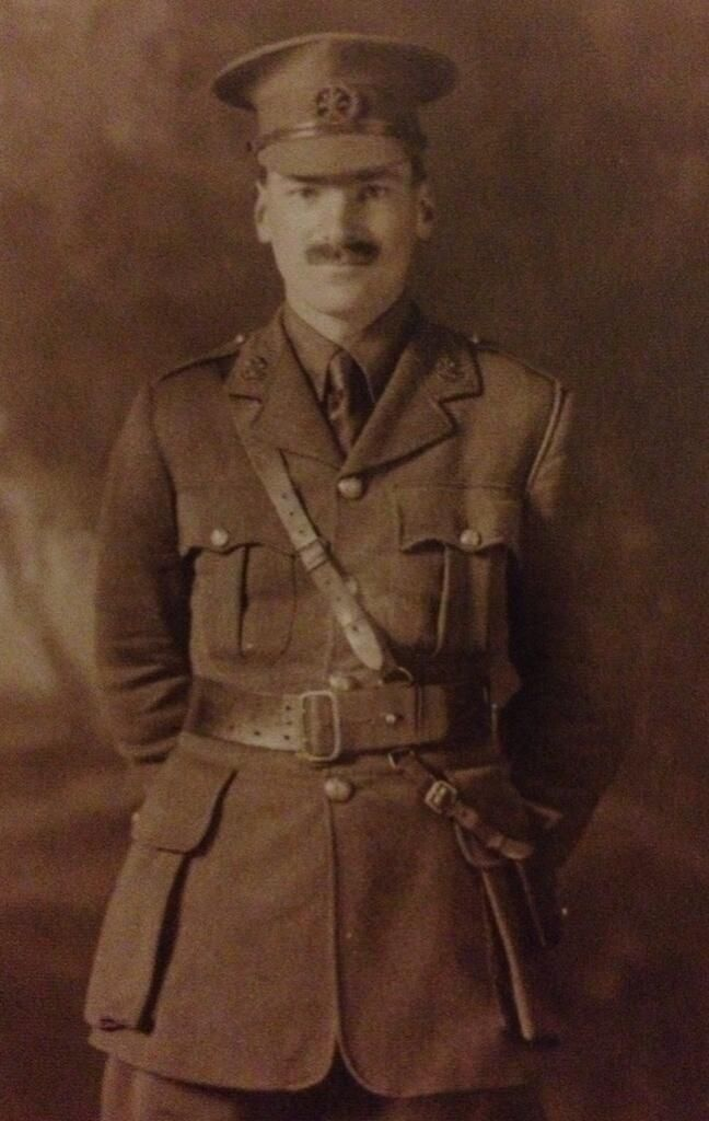 Twitter / TynemouthWW1: Major Clement Attlee, 6th South Lancs. Penultimate man off the beach at Suvla Bay during the Gallipoli evacuation