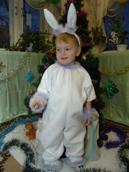 Какой новогодний костюм сшить ребенку
