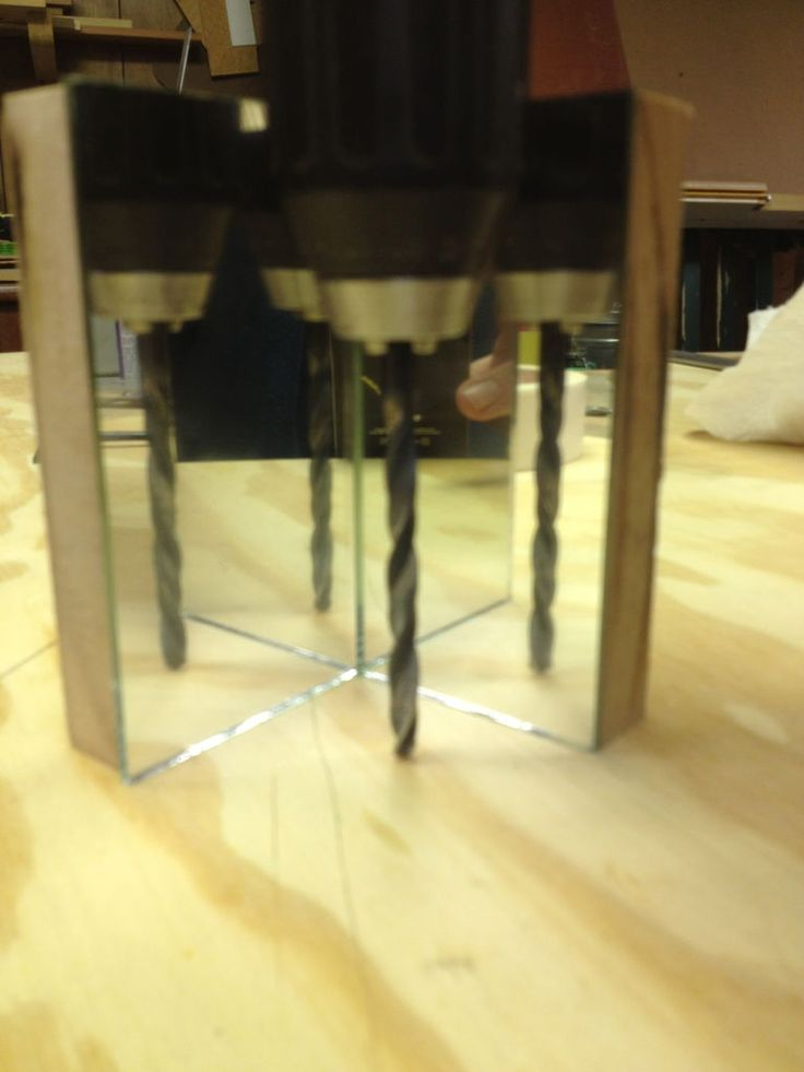 Using a double mirror jig to drill right angles, very useful. instructable by kentdvm
