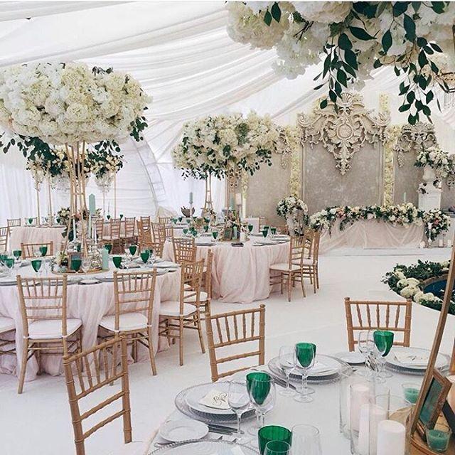 «Repost from @caramelwedding Элегантный свадебный шатер с фонтаном - сбывшаяся мечта об утонченном классическом торжестве»