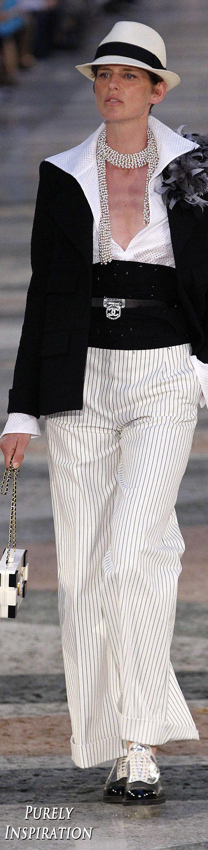 Chanel Resort 2017 Women's Fashion | Purely Inspiration
