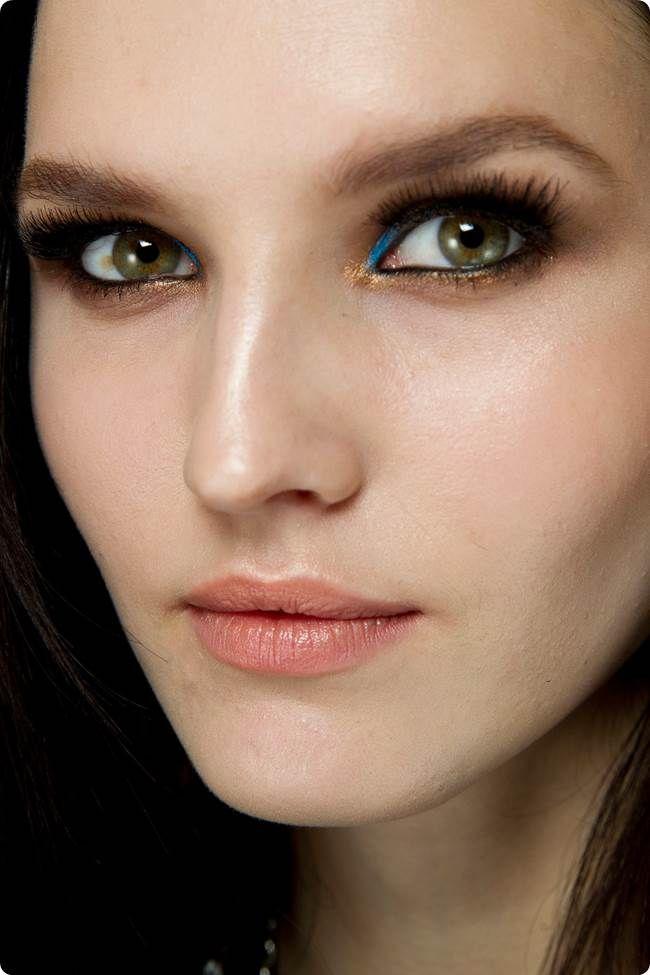 Atelier Versace Spring 2014 makeup- blue eyeliner trend