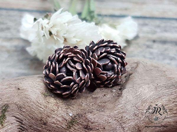 Aster Flower Stud Earrings Inga Rozin Jewelry Accessories In 2020 Flower Earrings Studs Flower Studs Aster Flower