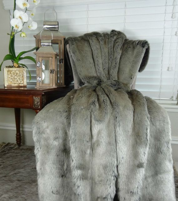 1000 ideas about faux fur blanket on pinterest blankets faux fur throw and fur throw. Black Bedroom Furniture Sets. Home Design Ideas