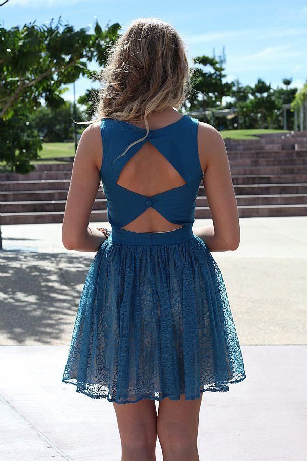 pretty: Open Back Dresses, Blue Dresses, Games Dresses, Receptions Dresses, Beautiful Dresses, Hunger Games, Lace Diamonds, Fashion Mi Style, Lace Dresses