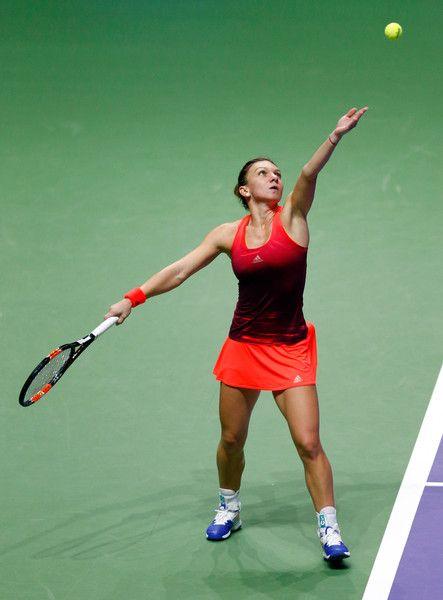 Simona Halep Photos - BNP Paribas WTA Finals: Singapore 2015 - Day One - Zimbio
