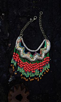 Akita Necklace - Plümo