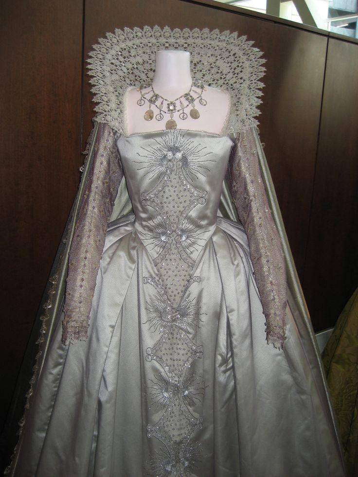 Bridal fashions victorian era 54