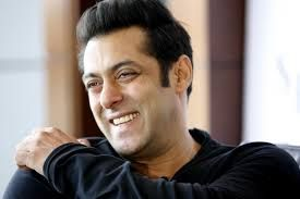 Salman Khan Exposed his First Love Secret Salman Khan was quite emotional in order to about his first love during an interview given to an Indian website. He uncovered that I did the first love in only 16 years old but I could not tell her about my feelings. I had been afraid that she'd not refuse to know about my love. He did not inform about the name of girl. He said that she was my best good friend but she didn't understand to me anything more than a good friend. Salman khan said that she…