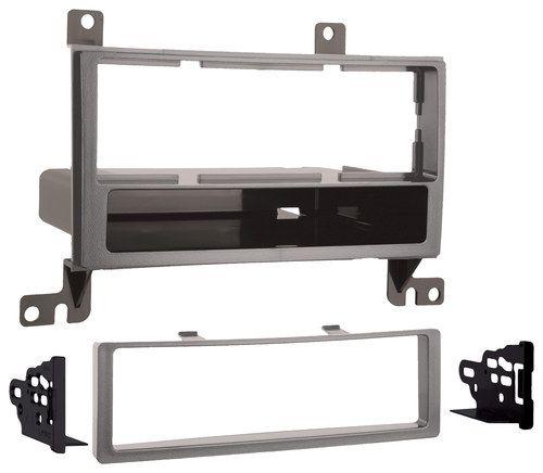 Metra - Dash Kit for Select 2007-2008 Hyundai Santa Fe without NAV - Silver