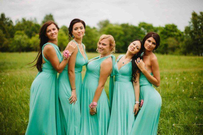 Необыкновенно нежный и освежающий, цвет мяты - тренд этого сезона! Ваши подружки невесты будут великолепны в платьях такого цвета!  По вопросам аренды, покупки и пошива платьев звоните по телефону: 8-905-626-86-12.