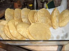 Foto da receita: Poori (Pão frito indiano)