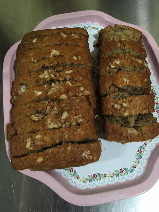 Walnutty Moist Banana Bread
