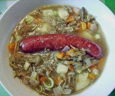 Rheinische Schnippelbohnensuppe Omas Art, ein beliebtes Rezept aus der Kategorie Gemüse. Bewertungen: 13. Durchschnitt: Ø 4,3.