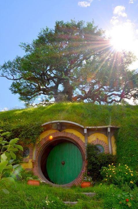 17 Beste Afbeeldingen Over Hobbit Huis Hobbit House Op