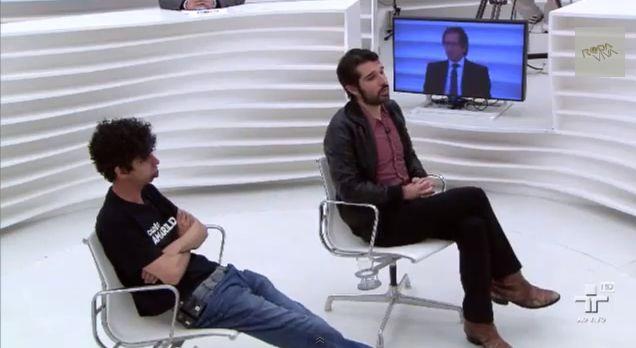 Mídia Ninja foi entrevistada como 'parte do movimento', nao como nova mídia #rodaviva http://www.bluebus.com.br/midia-ninja-foi-entrevistada-como-parte-do-movimento-nao-como-nv-midia-rodaviva/