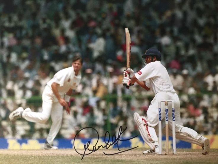 Cricket Sachin Tendulkar India Original Hand Signed Photo 12X8 With Coa
