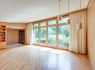 Mid Century Modern House, Everything For Sale Down To the Floors! - Berenice Denton