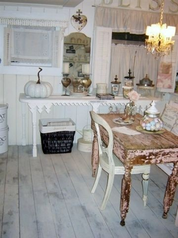 Fifi Oneill: Chic Decor, Idea, Country Shabby, Cottages Shabby Chic, Wood Tables, Paintings Wood, Paintings Floors, Distressed Plywood Floors, Plywood Paintings