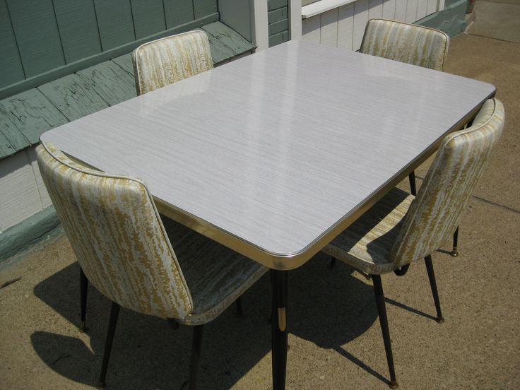 Vintage 1950u0027s Formica Kitchen Table W/ (4) Chairs 50% Savings Coupon Code:  2012merrymodsale