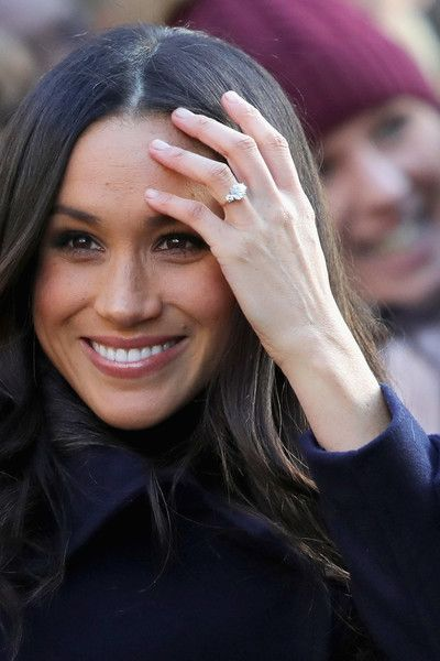 Meghan Markle visits Nottingham Contemporary on December 1, 2017 in Nottingham, England.  Prince Harry and Meghan Markle announced their engagement on Monday 27th November 2017 and will marry at St George's Chapel, Windsor in May 2018. - 60 of 254