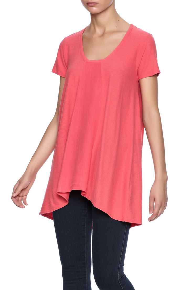 Harbor red tee with a scoop neckline, short sleeves, and a high low hem.                             Harbor Red Tee by Cut Loose. Clothing - Tops - Short Sleeve Clothing - Tops - Tees & Tanks Clothing - Tops - Casual Hawaii