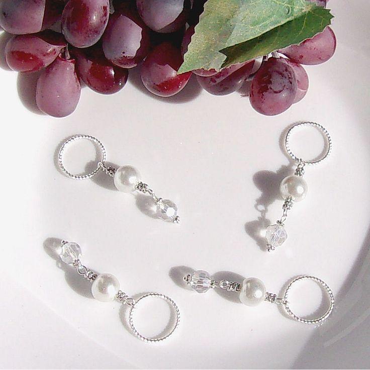 Pendentif anneau argenté perle de verre transparente et ivoire