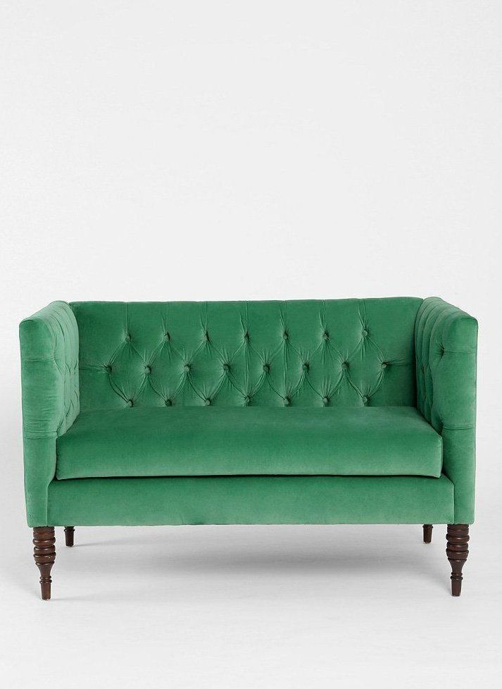 10 Stylish Sofas for Small Spaces