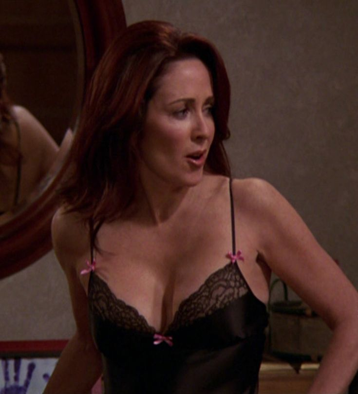 patricia heaton in a bra