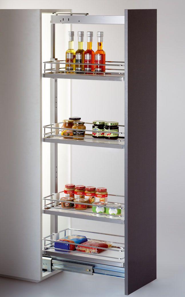 Zarówno w hurtowni jak i na aukcjach Allegro mogą Państwo zakupić akcesoria wyposażenia kuchni. M.in. szafy cargo, wysuwane kosze, wieszaki i kosze na odzież.