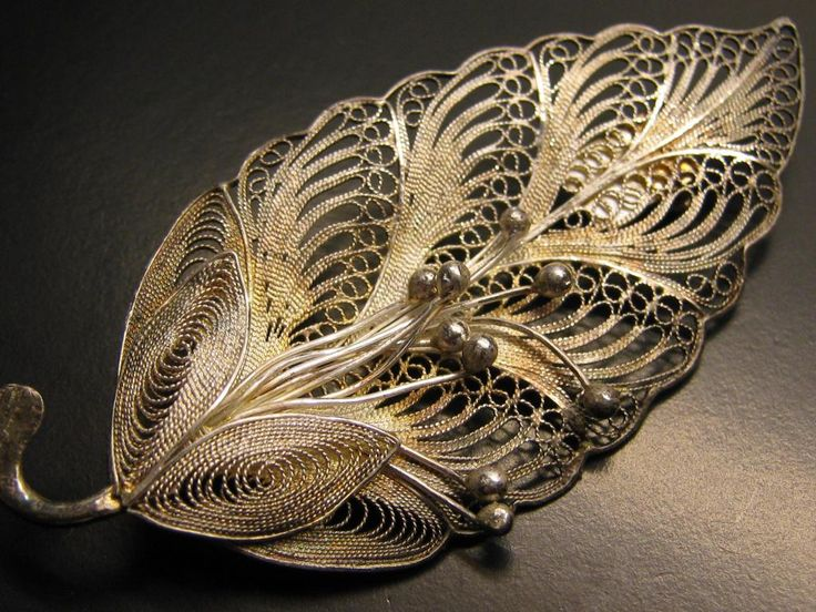 VINTAGE 2.5 INCH STERLING SILVER FILIGREE LEAF & BERRY BROOCH | eBay