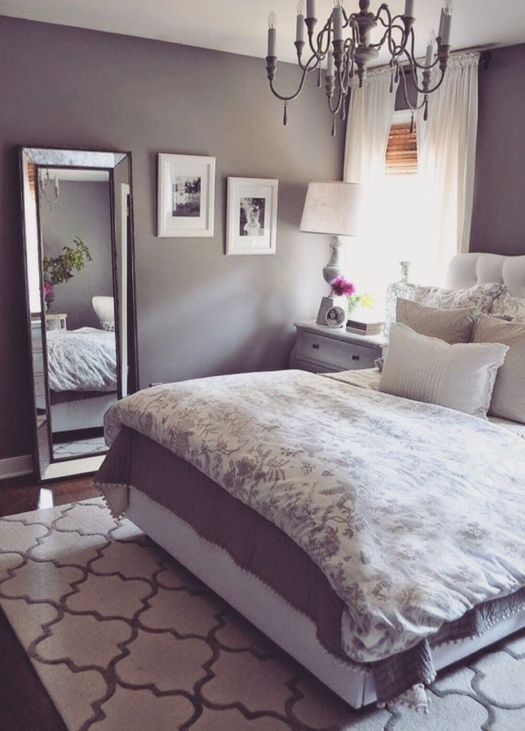 Grey bedroom - soft soothing purple tint