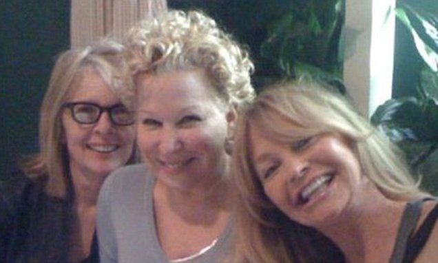 Diane Keaton reunites with Bette Midler and Goldie Hawn before Netflix comedy | Daily Mail Online