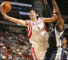 Luis Scola is one of the hardest working and classiest players in the NBA. Glad he's on the Rockets.